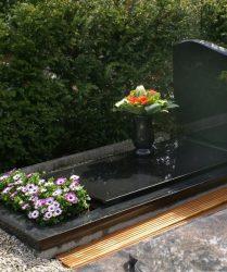 grafstenen op voorraad